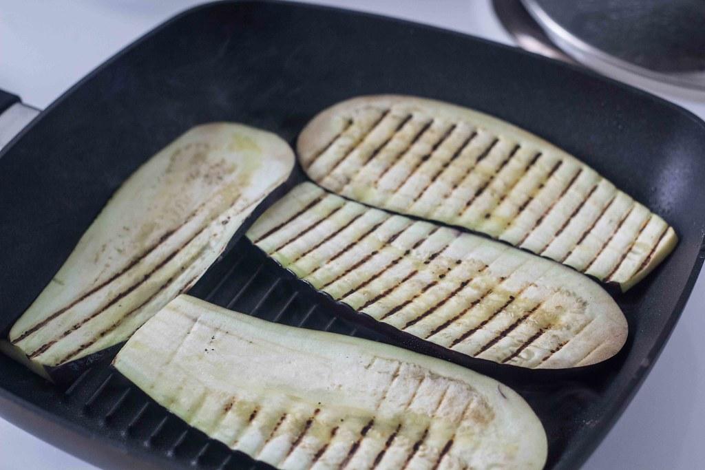 Aubergineruller med spinat og ricotta (8)