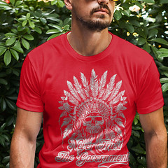Never Trust the Government. Indian Skull T-Shirt.