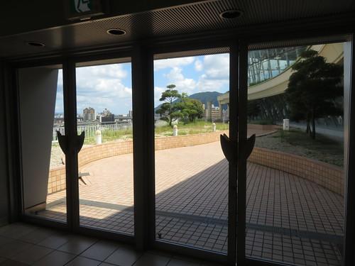 小倉競馬場の5階バルコニー