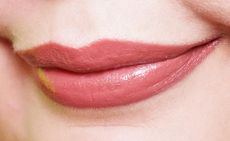 elizabeth arden gelato crush collection bare kiss and vintage pink lip swatch