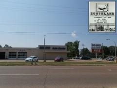 Squeezing in a Sears Auto Center photo (with bonus vintage inset pic!)
