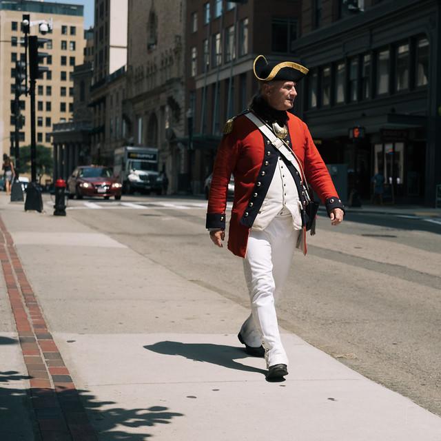 Seeing red in Boston 1/5, Fujifilm X-T2, XF35mmF1.4 R