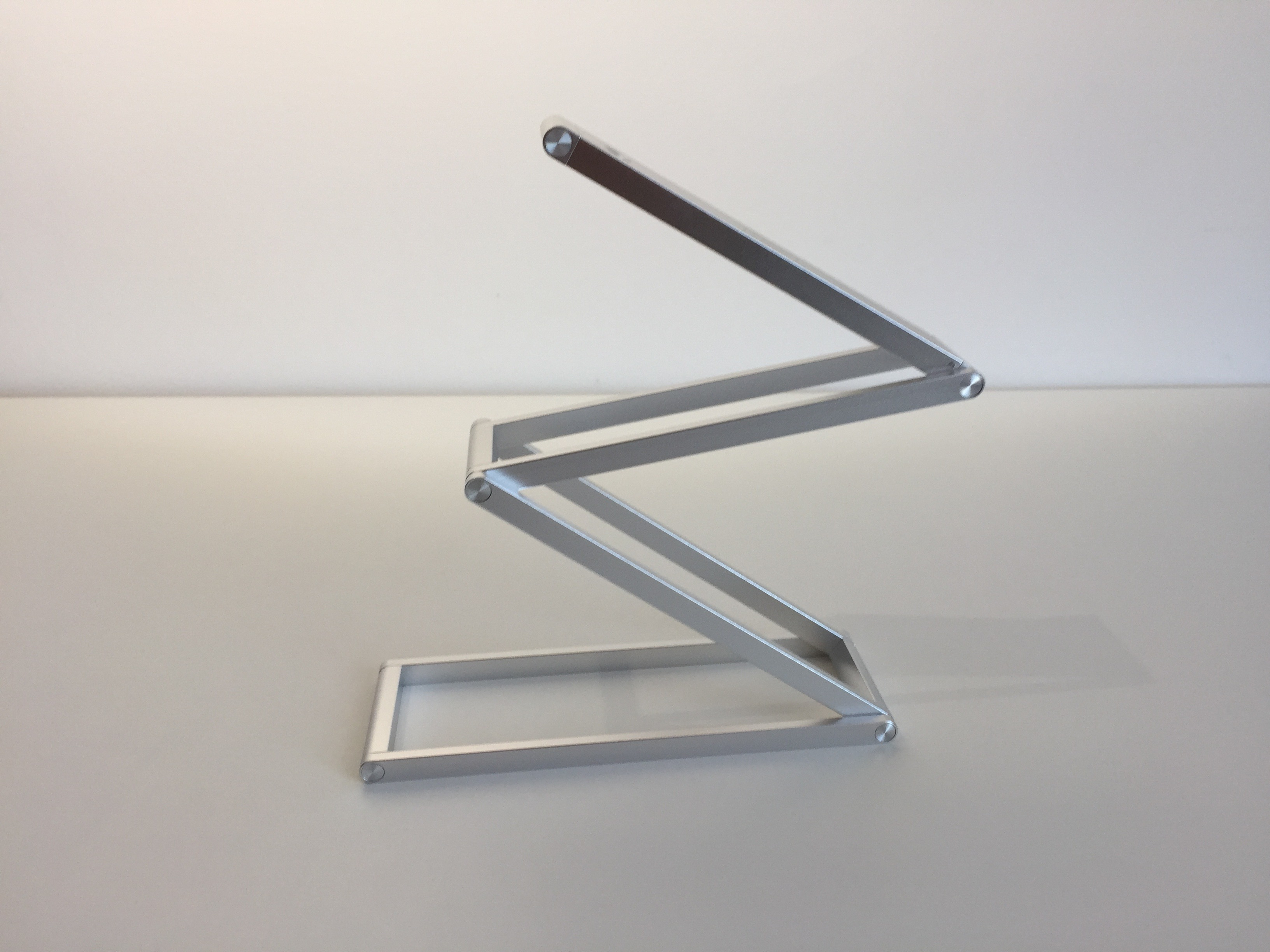 20170904 Lampe de bureau Aukey LT-ST7 portable, rechargeable et pliable 10