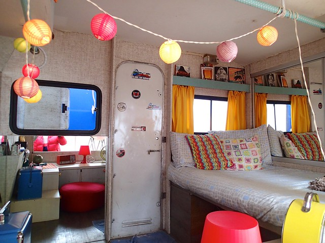 Cozy Bed at Paradiso Hostel Campervan