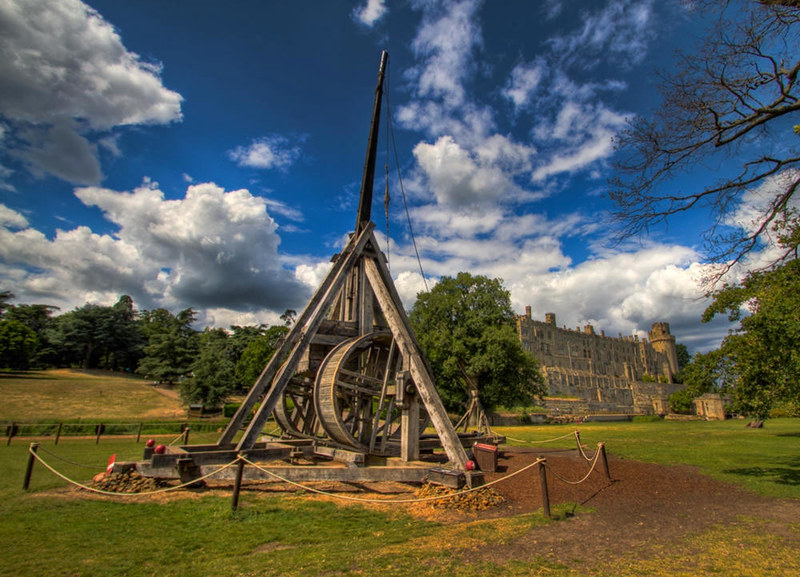 The Trebuchet at Warwick Castle. Credit Dave White, flickr