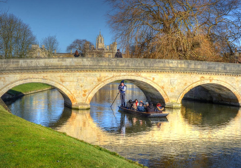 Cambridge - Trinity College Bridge. Credit Baz Richardson, flickr