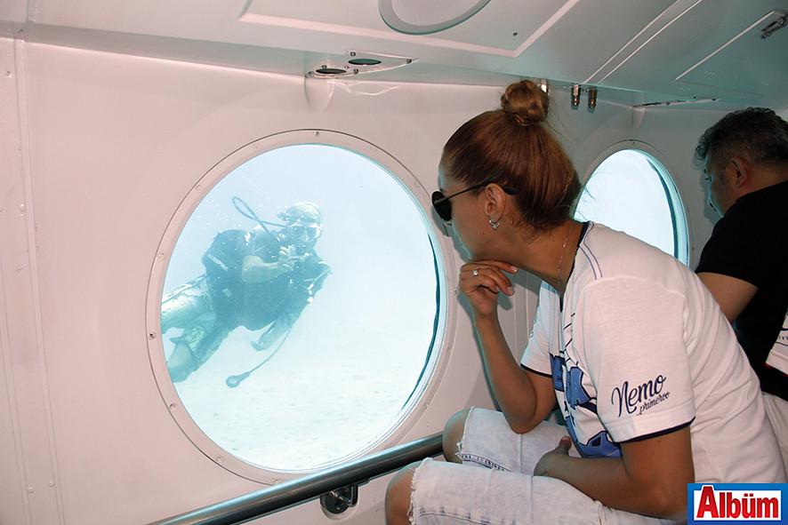 Niran Ünsal'ın denizaltı keyfi-4