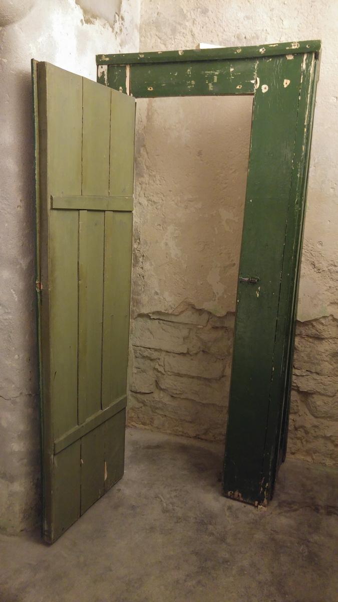 KGB_Prison_Cells_03