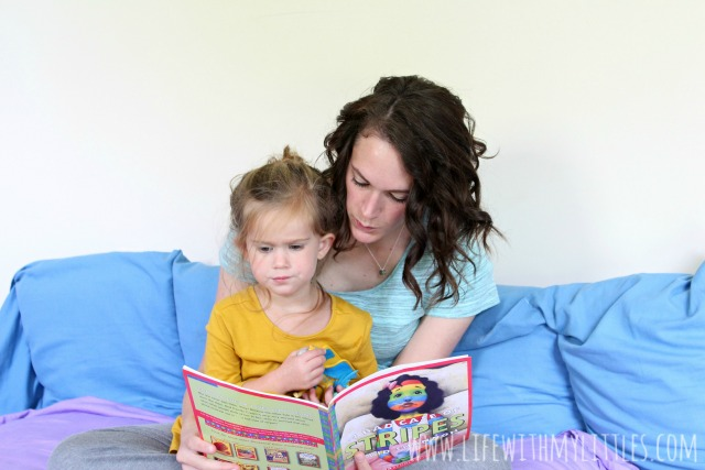 Asking your toddler questions while you read is a great way to improve their reading comprehension and help them learn without them realizing it! Here are some ideas of questions to ask your toddler when you read together.