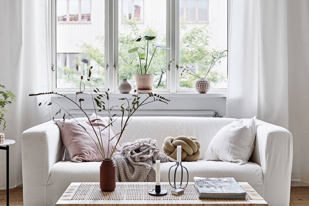 Scandinavian Home With Cosy Color Palette