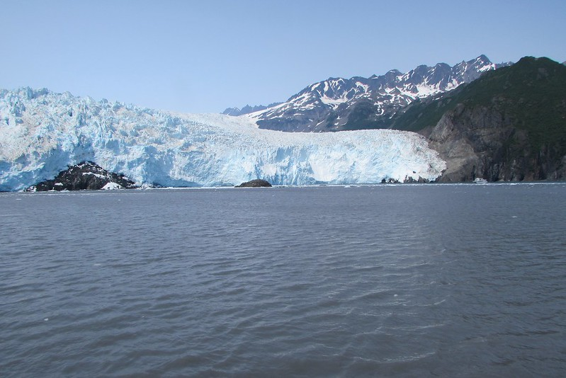 Aialik Glacier close up (see how puny our competitor boat - Kenai Fjord Tours - looks in comparison to the glacier)