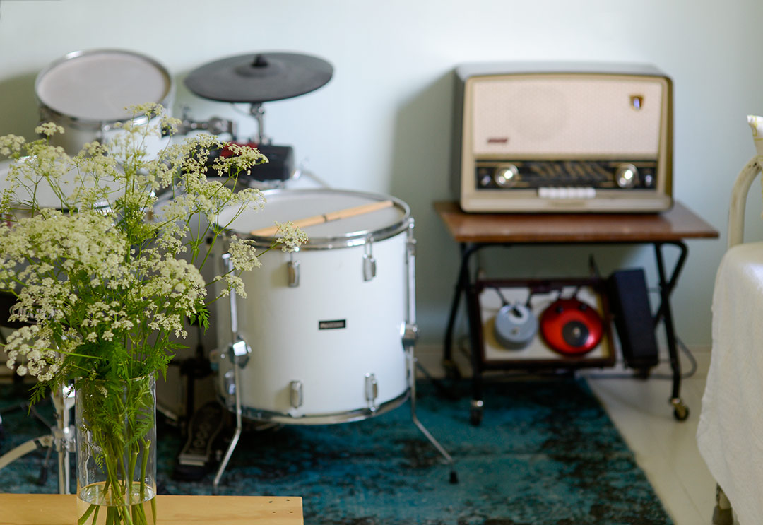 Drums and vintage radio