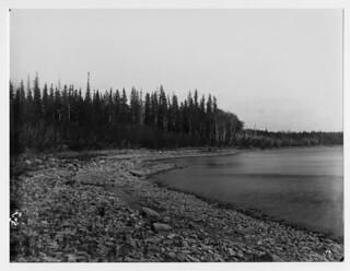 Harbour on Deer Island, East Lake, Winnipeg, Manitoba / Île Deer, East Lake, Winnipeg (Manitoba)
