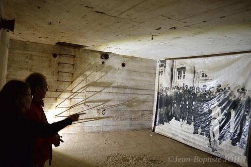 Photo d'archive à l'intérieur d'un bunker