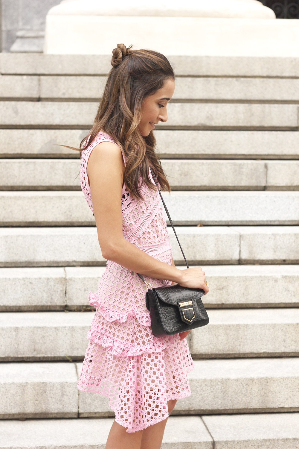 Pink dress summer givenchy bag nude heels outfit girl style12