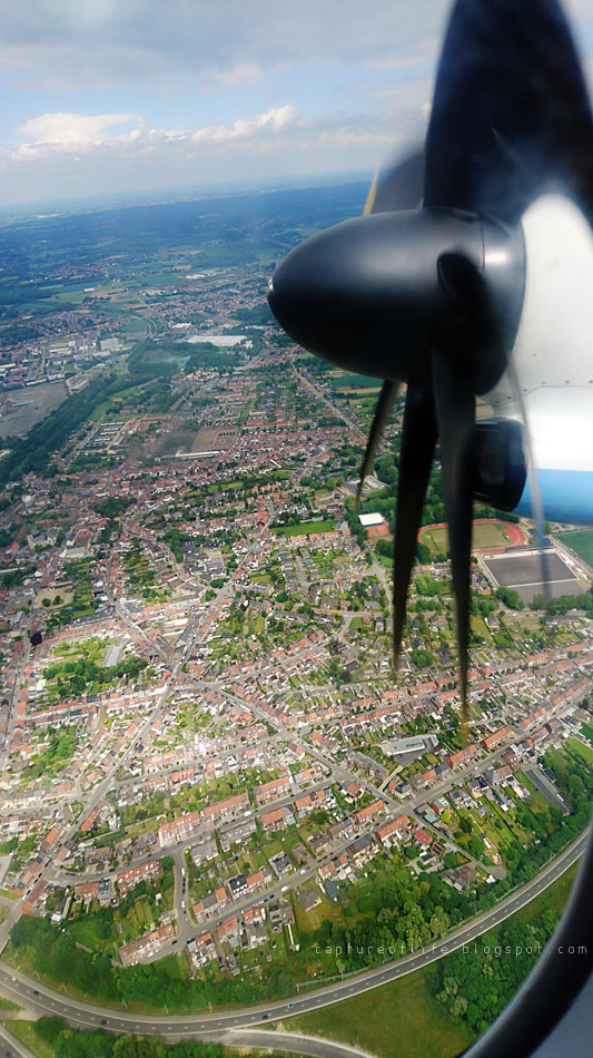 flying with propeller