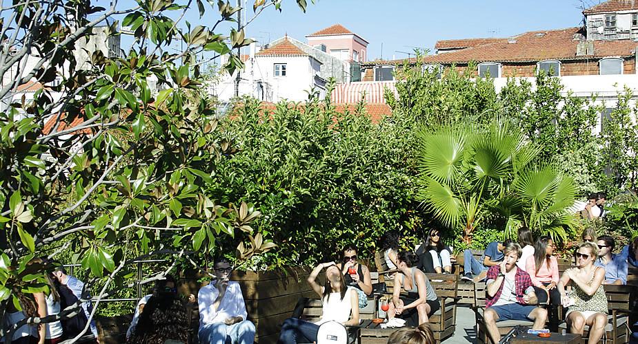 Rooftopbar PARK in Lissabon | Mooistestedentrips.nl