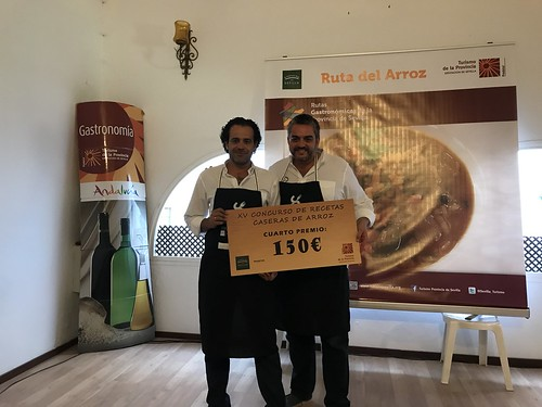 Luis Felipe Palomino Granados y José Antonio García Andrés cuarto premio concurso de recetas de arroz