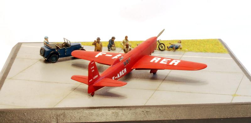 gros moteur et petites ailes... Une petite série de racers... Et un Farman - Page 2 37050213801_58d1711b23_b