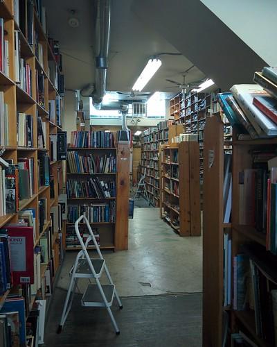 Eliot's Bookshop (9) #toronto #yongestreet #yongeandwellesley #eliotsbookshop #bookstore #usedbooks #books