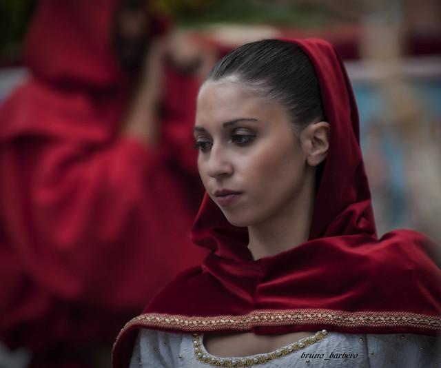 Dama del Palio, Asti, Nikon D300S, AF Zoom-Nikkor 80-200mm f/2.8D ED