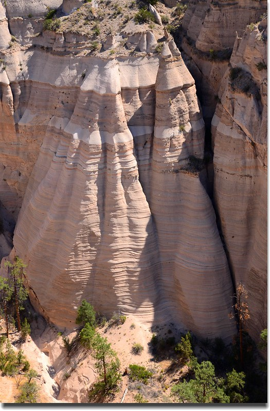 Above the tent rocks, seen from the upper part of the Slot Canyon Trail (17)