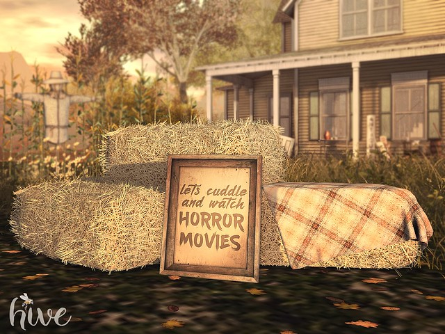 hive // hay bales + cuddle horror movie sign | FLF
