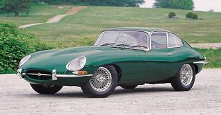 Jaguar_E-Type_1961_R2