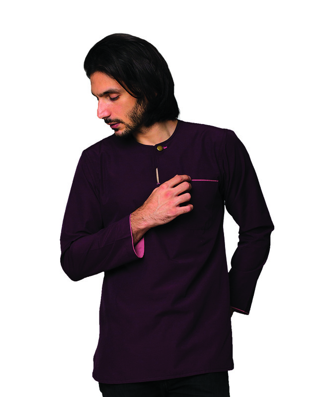 Kurta-Teluk-Belanga-Mangosteen-Purple-Pose