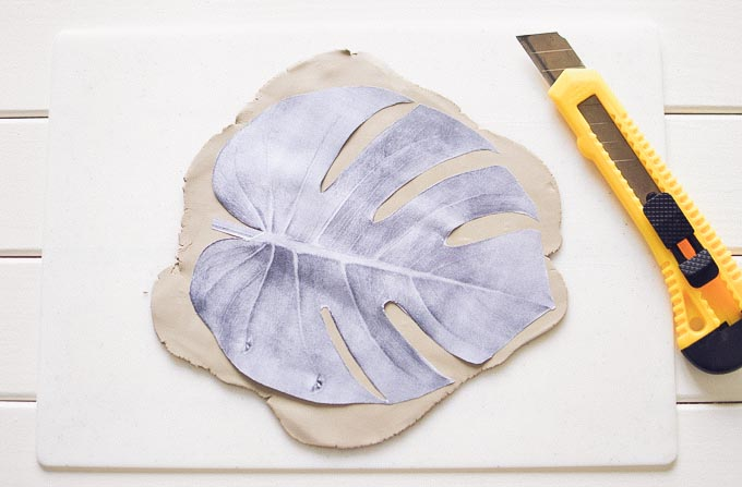 diy_clay_tropical_leaves_bowls_jewelry_dishes-5