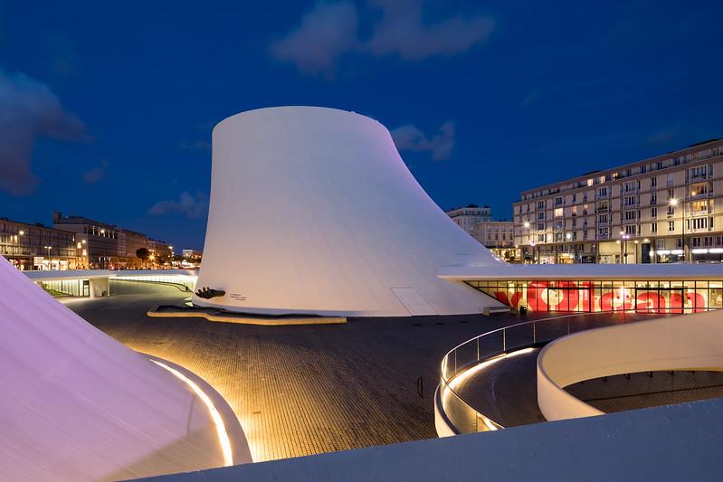 Oscar Niemeyer's Maison de la Culture du Havre (Le Vulcan)