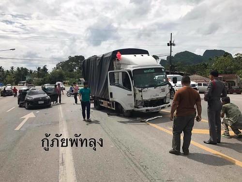 พัทลุง อุบัติเหตุหกล้อชนรถเก๋ง เด็ก 5 ขวบสาหัส (2)