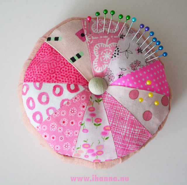 Make Something : iHanna's Pink Scrappy Pincushion | When you just have to make SOMETHING