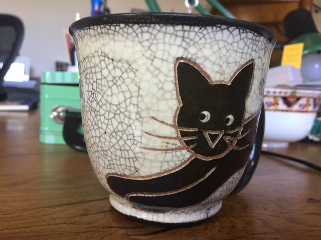 Artushka cat tea mug ceramic ceramics handmade cuddling kitty