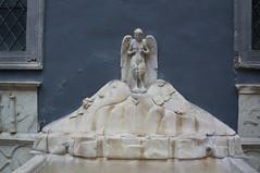 fontana della SPINACORNA detta la fontana delle ZIZZE