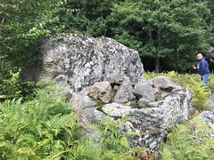 bassin / fontaines neolithique - Photo of Saint-Sauveur-en-Rue
