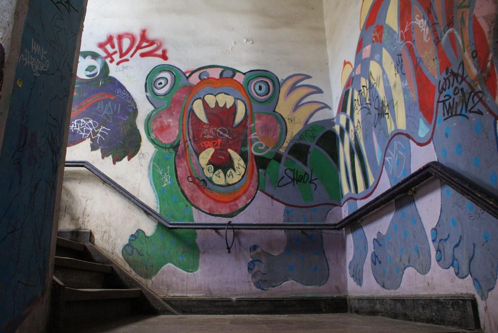 Street art dans un batiment du quartier de Christiania à Copenhague.