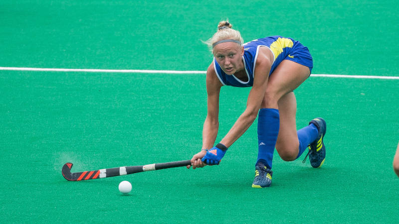 De Koning makes her mark with defending national champion field hockey team