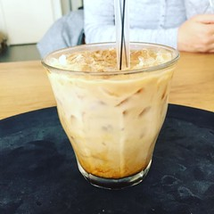 Trying this Iced Latte, and I like the presentation!