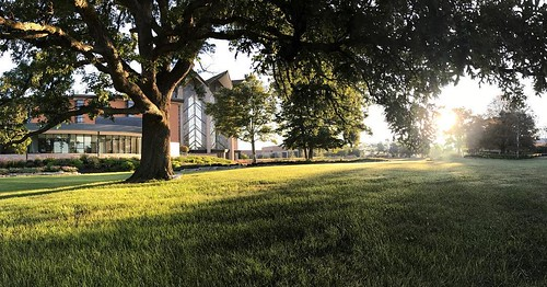 Happy Friday, Valpo. It's a new day, with a new opportunity to make it great. #GoValpo