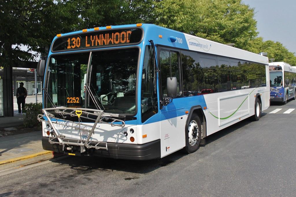 CT 17100 at Lynnwood TC