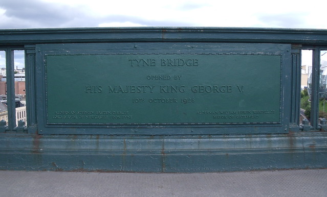Photo of George V green plaque