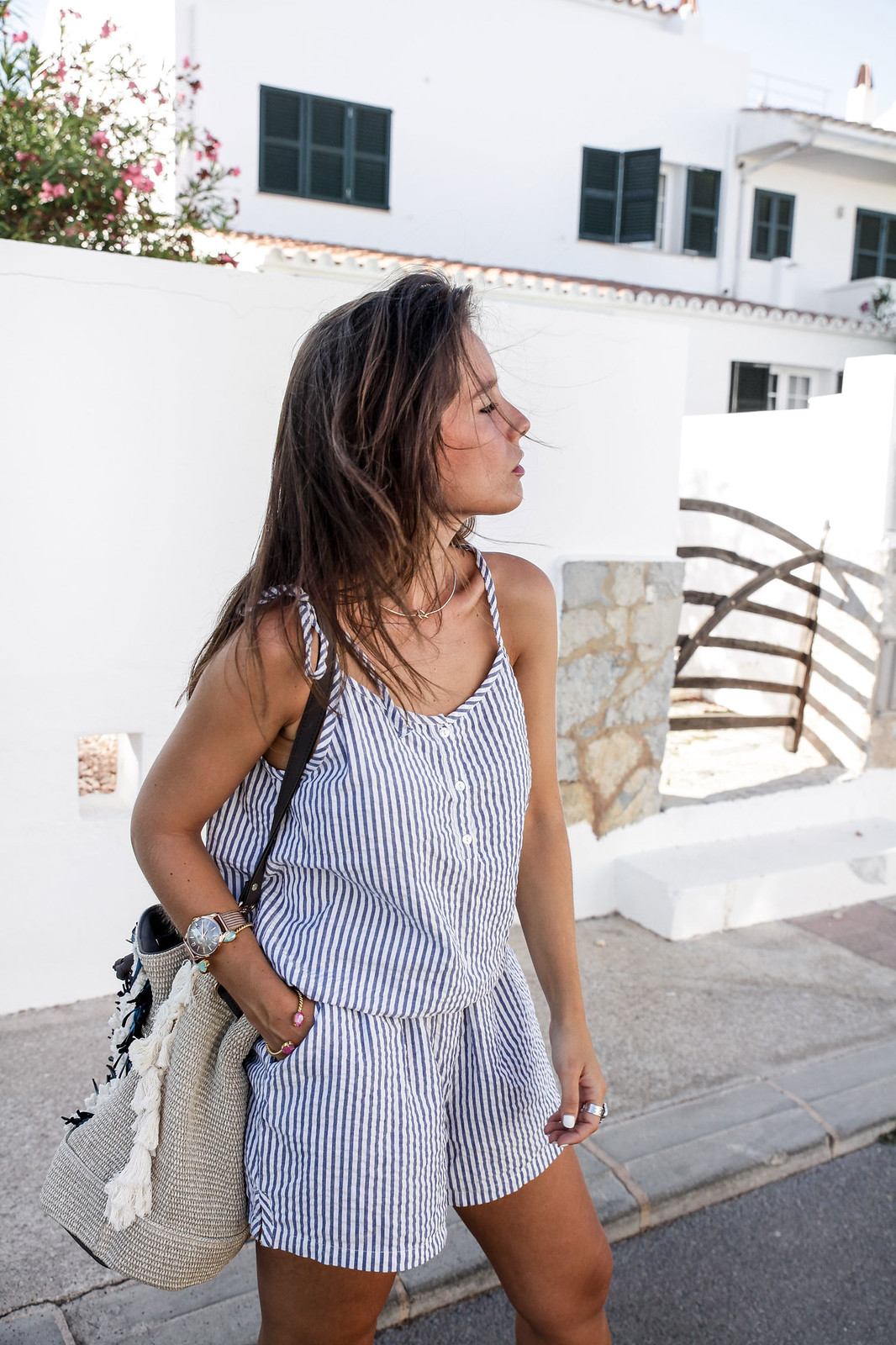 07_Mono_rayas_marineras_casual_outfit_theguestgirl_bolso_boho_via_email_pieces_style_the_guest_girl_influencer_menorca_minorca_barcelona_spain_fashion_blogger