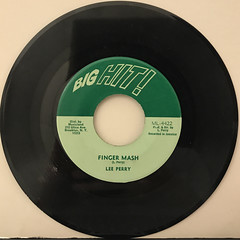 LEE PERRY:FINGER MASH(RECORD SIDE-A)