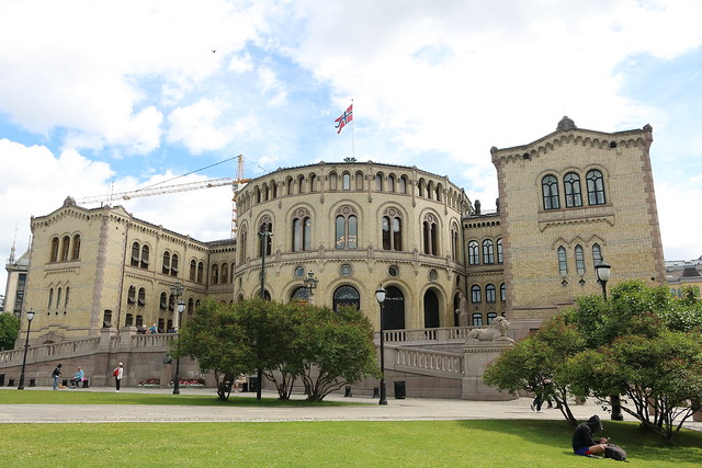 Norwegian Parliament, Olso, Canon EOS 760D, Canon EF-S 18-135mm f/3.5-5.6 IS STM