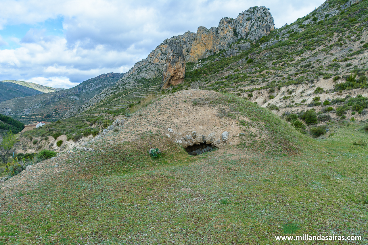 Nevera en la ruta de las ermitas en Arnedillo