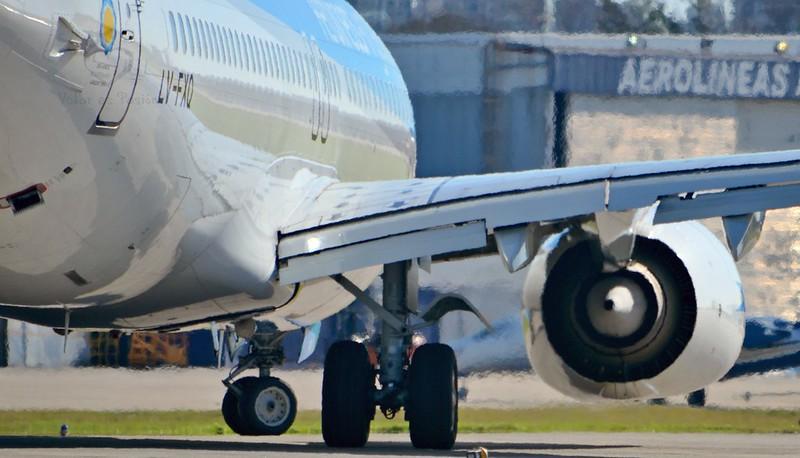 Boeing 737-800 / LV-FXQ / Aerolíneas Argentinas