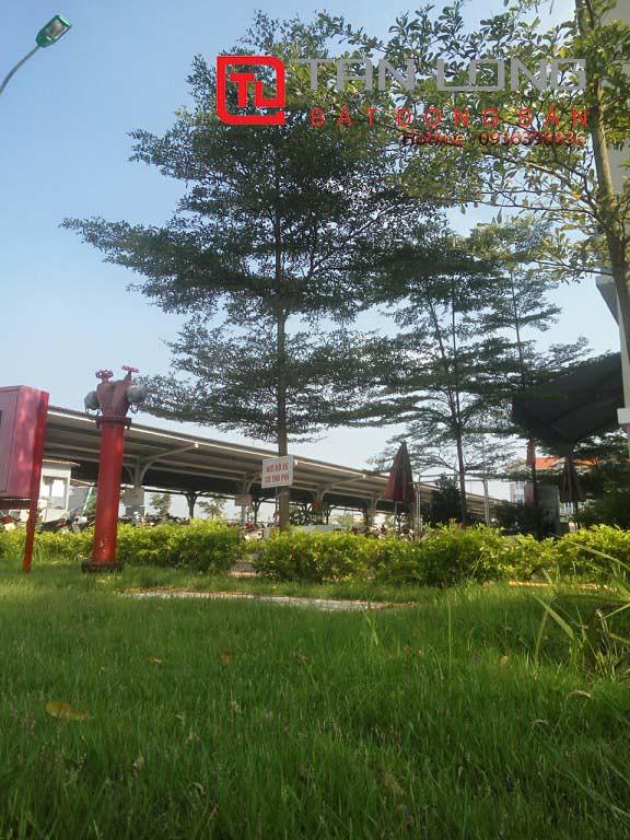 """Pruksa Town An Đồng - công viên cây xanh và nhà để xe  <img src=""""images/"""" width="""""""" height="""""""" alt=""""Công ty Bất Động Sản Tanlong Land"""">"""