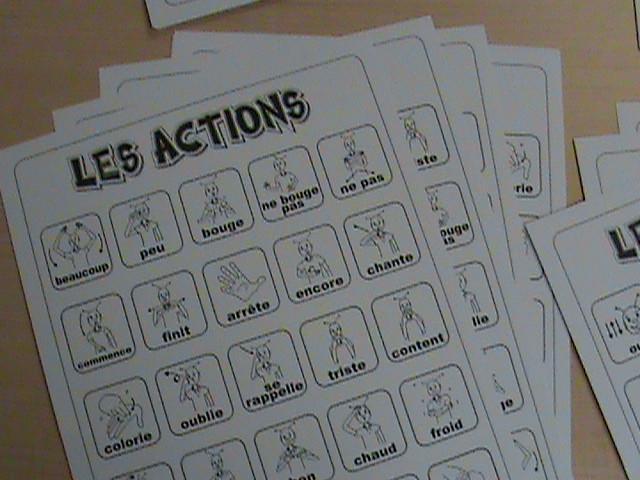 Les gestes en action! : bingo cards.