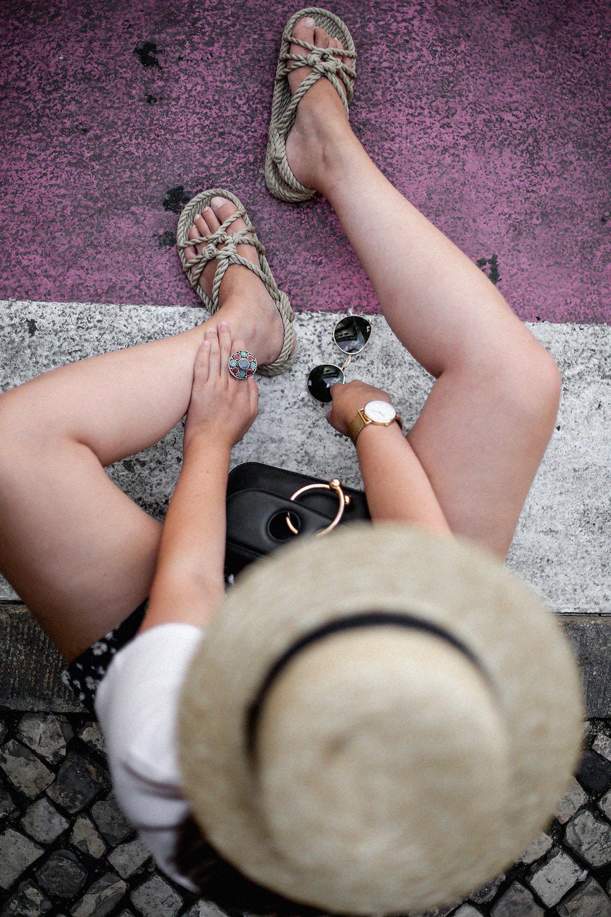 shorts-margaritas-mango-nomadic-sandalias-outfit-lisboa13